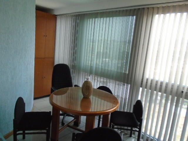 Oficina Carabobo>Valencia>El Viñedo - Venta:1.395.000.000 Bolivares Fuertes - codigo: 16-3211