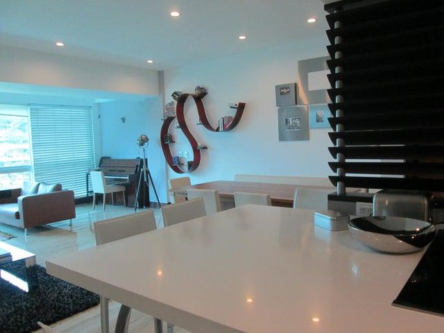 Apartamento Distrito Metropolitano>Caracas>Las Mercedes - Venta:199.752.000.000 Bolivares Fuertes - codigo: 16-3255