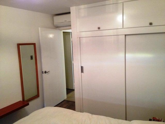 Apartamento Distrito Metropolitano>Caracas>Los Naranjos Humboldt - Venta:6.107.256.600.000.000.000 Precio Referencial - codigo: 16-3503