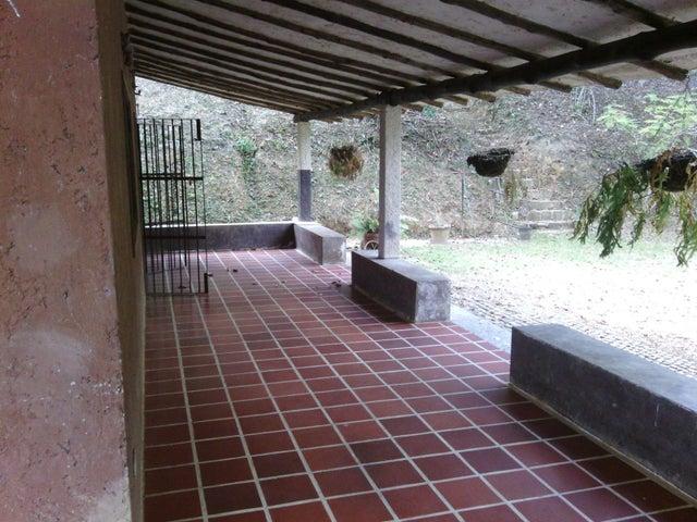 Terreno Distrito Metropolitano>Caracas>Turgua - Venta:140.000 Precio Referencial - codigo: 16-3291