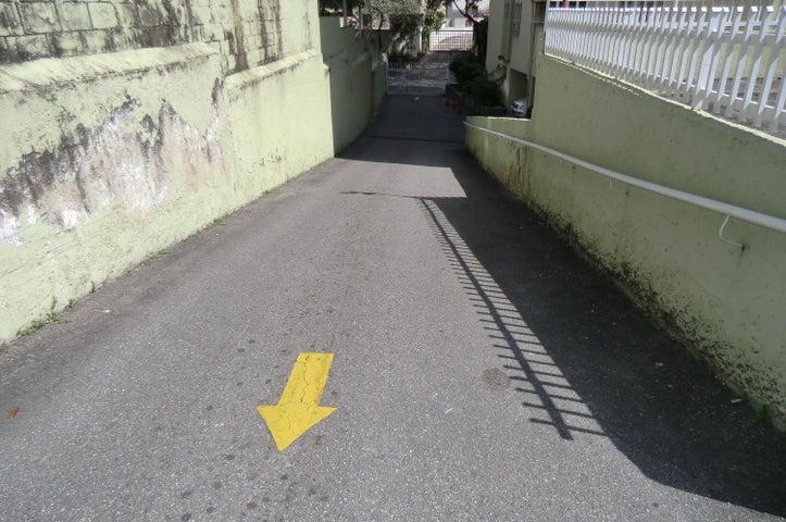 Oficina Distrito Metropolitano>Caracas>Los Caobos - Venta:31.604.000.000 Precio Referencial - codigo: 16-2877