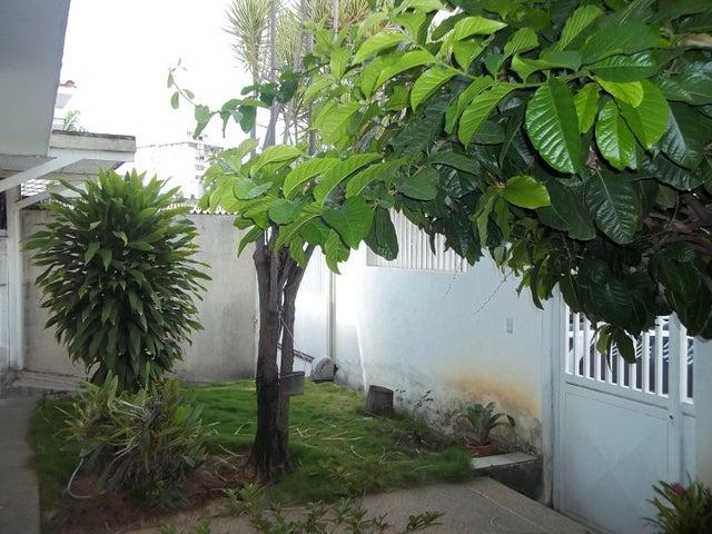 Casa Distrito Metropolitano>Caracas>Horizonte - Venta:50.000.000.000 Bolivares - codigo: 16-3430