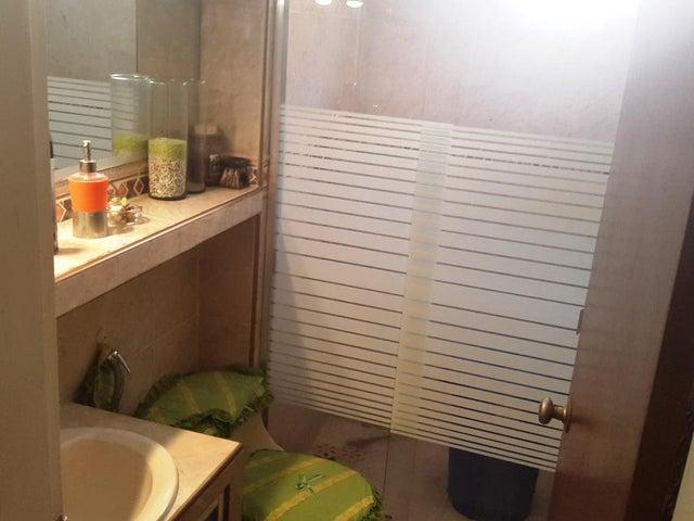 Apartamento Carabobo>Municipio Naguanagua>Casco Central - Venta:6.990.000.000 Precio Referencial - codigo: 16-3434