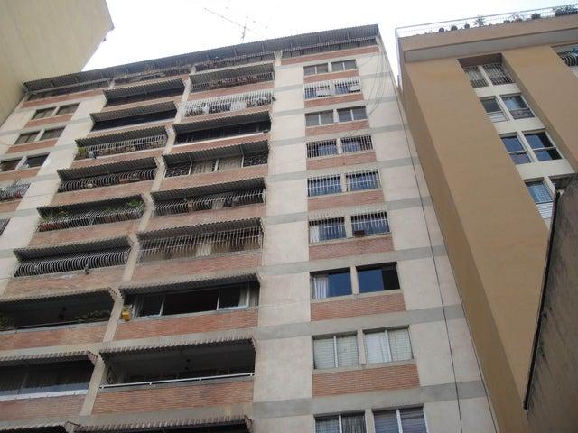 Apartamento Distrito Metropolitano>Caracas>Parroquia San Jose - Venta:50.000 Precio Referencial - codigo: 16-3468