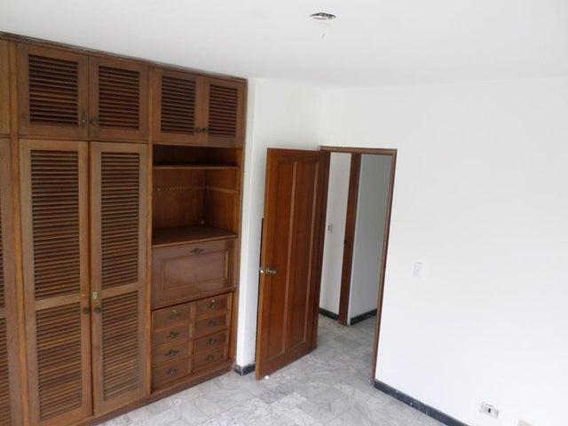 Casa Distrito Metropolitano>Caracas>Prados del Este - Alquiler:2.138.000.000 Precio Referencial - codigo: 16-3539