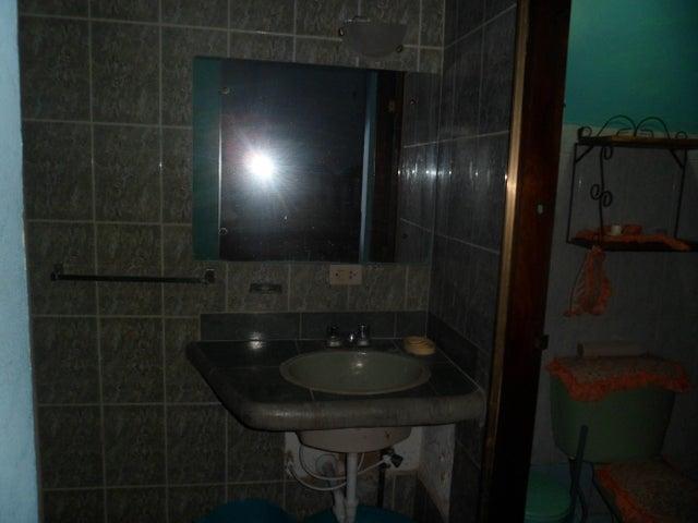 Casa Falcon>Chichiriviche>Flamingo - Venta:30.000.000 Bolivares - codigo: 16-3483