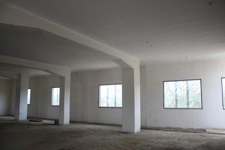 Edificio Miranda>Santa Teresa>La Raiza - Alquiler:630.000.000 Precio Referencial - codigo: 16-3520