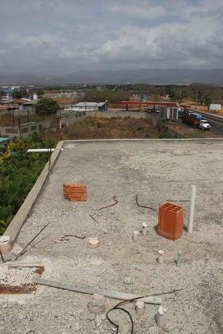 Edificio Miranda>Santa Teresa>La Raiza - Alquiler:1.000 US Dollar - codigo: 16-3520