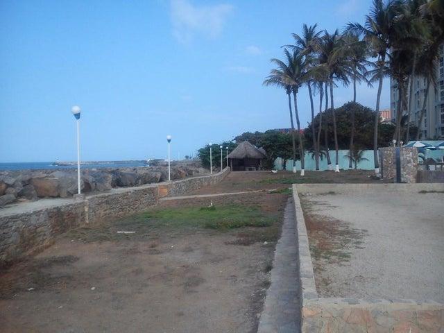 Apartamento Vargas>Catia La Mar>Playa Grande - Venta:65.228.000.000 Precio Referencial - codigo: 16-3573
