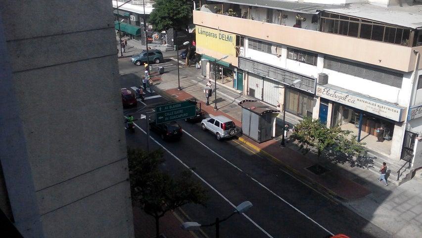 Apartamento Distrito Metropolitano>Caracas>Chacao - Venta:41.307.000.000 Precio Referencial - codigo: 16-3716