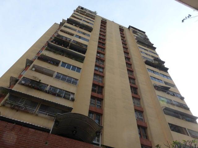 Apartamento Distrito Metropolitano>Caracas>Parroquia Santa Rosalia - Venta:24.429.000.000 Precio Referencial - codigo: 16-3614