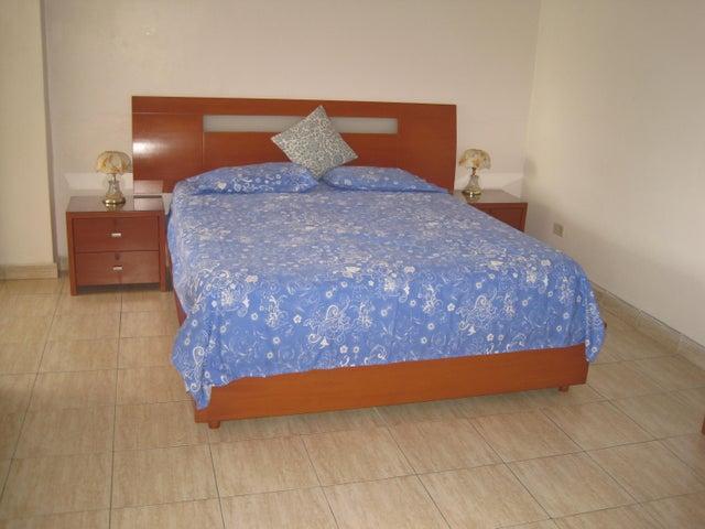 Apartamento Distrito Metropolitano>Caracas>Los Caobos - Venta:23.500.000.000 Bolivares Fuertes - codigo: 16-3713