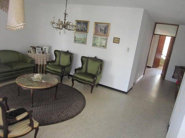 Apartamento Distrito Metropolitano>Caracas>La Florida - Venta:72.479.000.000 Precio Referencial - codigo: 16-3766