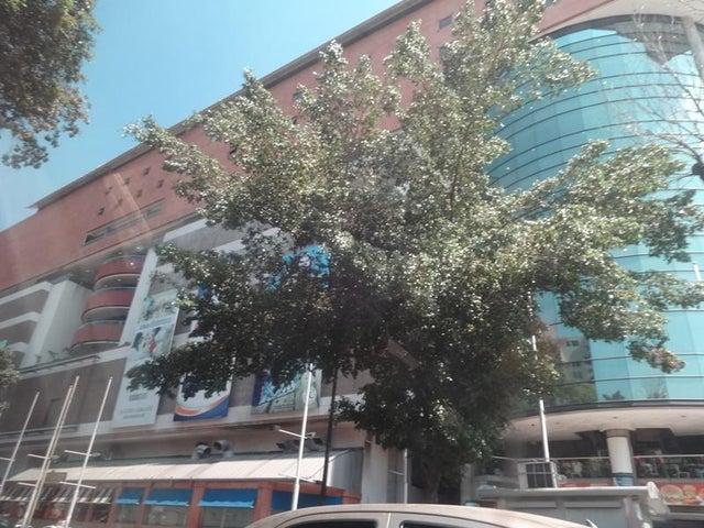 Local Comercial Distrito Metropolitano>Caracas>El Paraiso - Venta:127.505.000.000 Precio Referencial - codigo: 16-3782