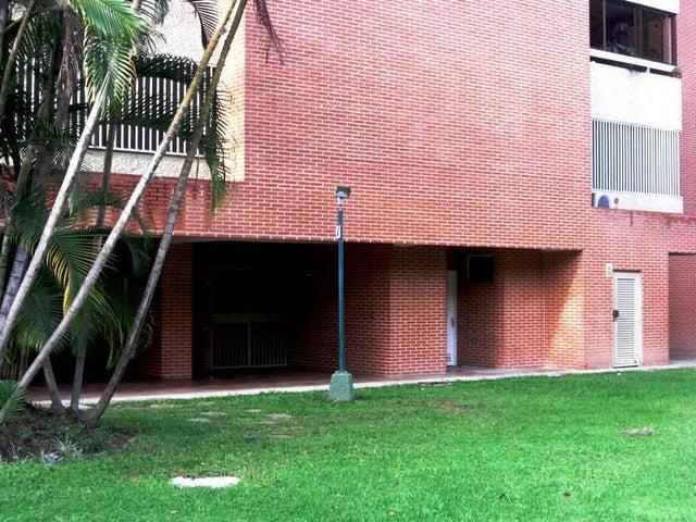 Apartamento Distrito Metropolitano>Caracas>Los Naranjos del Cafetal - Alquiler:520.000 Bolivares Fuertes - codigo: 16-3822