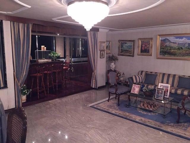 Apartamento Distrito Metropolitano>Caracas>Los Caobos - Venta:36.094.000.000 Bolivares Fuertes - codigo: 16-3881