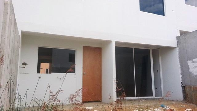 Casa Lara>Cabudare>Parroquia Jose Gregorio - Venta:5.205.000.000 Bolivares - codigo: 16-3826