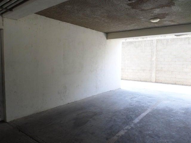 Apartamento Lara>Barquisimeto>Parroquia Concepcion - Venta:441.000.000 Bolivares Fuertes - codigo: 16-3848
