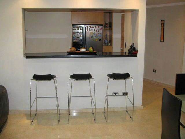 Apartamento Distrito Metropolitano>Caracas>Prados del Este - Venta:95.000 Precio Referencial - codigo: 16-3879
