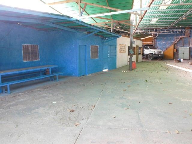 Galpon - Deposito Miranda>Charallave>Centro de Charallave - Venta:1.340.893.000.000 Precio Referencial - codigo: 16-3911