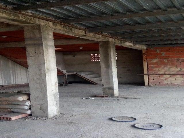 Local Comercial Miranda>Municipio Independencia>Cartanal - Venta:45.034.000.000 Bolivares - codigo: 16-3875
