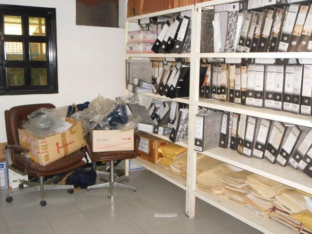 Galpon - Deposito Miranda>Charallave>Centro de Charallave - Venta:543.000 Precio Referencial - codigo: 16-3915