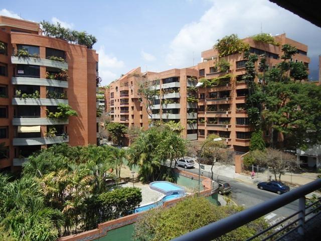 Apartamento Distrito Metropolitano>Caracas>Campo Alegre - Venta:87.132.000.000 Bolivares Fuertes - codigo: 16-3894
