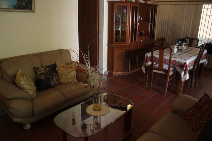 Casa Miranda>Guatire>Buenaventura - Venta:38.481.000.000 Precio Referencial - codigo: 16-4035