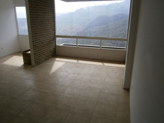 Apartamento Distrito Metropolitano>Caracas>Lomas del Sol - Venta:36.916.000.000 Bolivares Fuertes - codigo: 16-4085