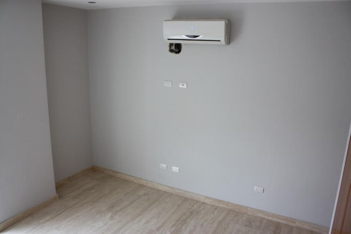 Apartamento Distrito Metropolitano>Caracas>Campo Alegre - Venta:545.145.000.000 Precio Referencial - codigo: 16-4098