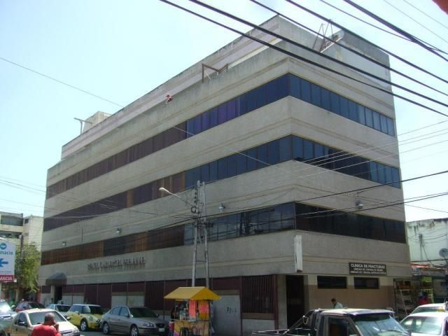 Oficina Nueva Esparta>Margarita>Porlamar - Venta:11.285.000.000 Precio Referencial - codigo: 16-4256