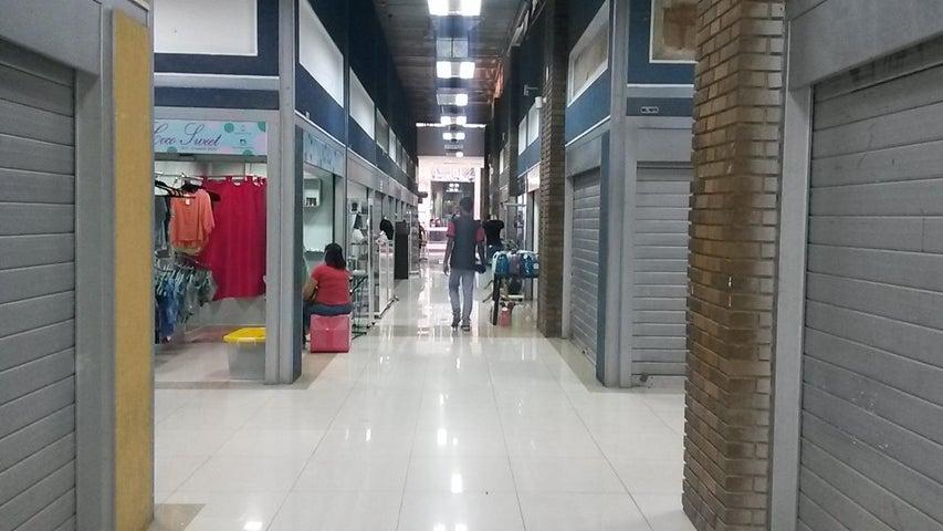 Local Comercial Zulia>Maracaibo>Centro - Venta:4.700.000 Bolivares - codigo: 16-4313