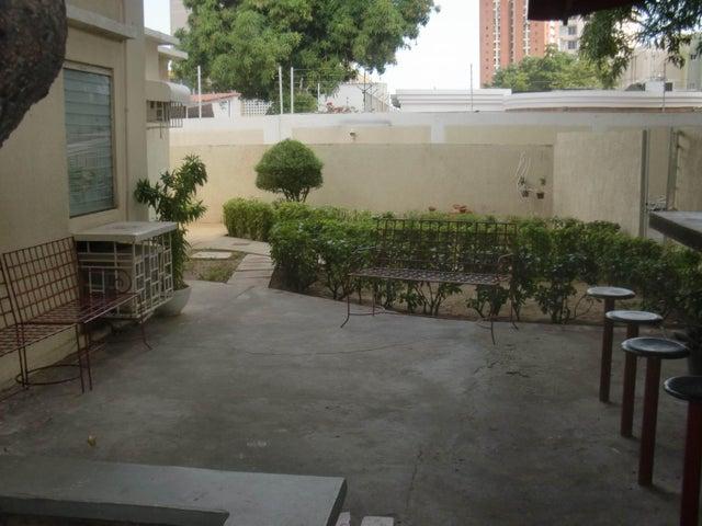 Terreno Zulia>Maracaibo>Santa Maria - Venta:139.773.000.000 Precio Referencial - codigo: 16-4404