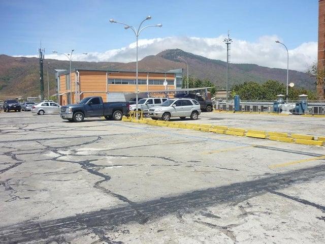 Local Comercial Carabobo>Municipio Naguanagua>La Granja - Venta:4.886.000.000 Precio Referencial - codigo: 16-4453