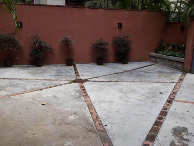 Apartamento Distrito Metropolitano>Caracas>Santa Rosa de Lima - Venta:149.489.000.000 Precio Referencial - codigo: 16-4473