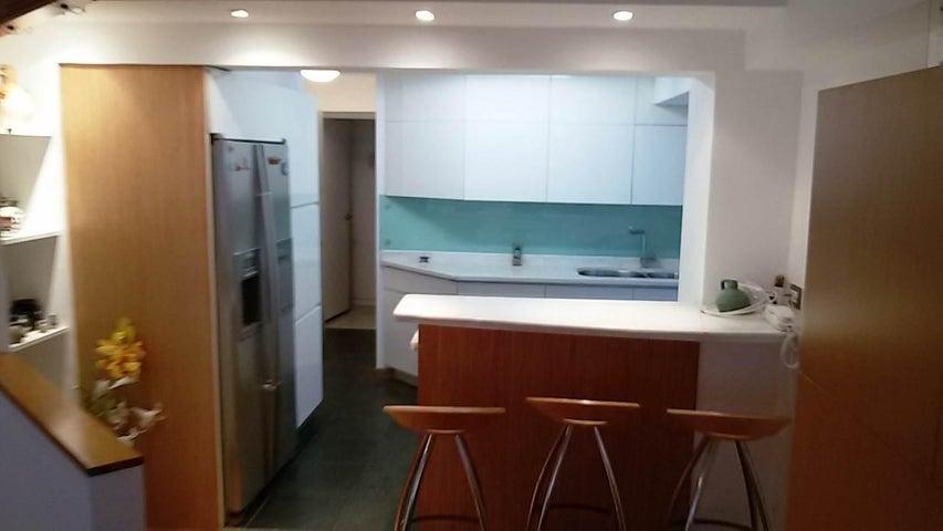Apartamento Distrito Metropolitano>Caracas>Los Naranjos del Cafetal - Venta:165.226.000.000 Precio Referencial - codigo: 16-4491