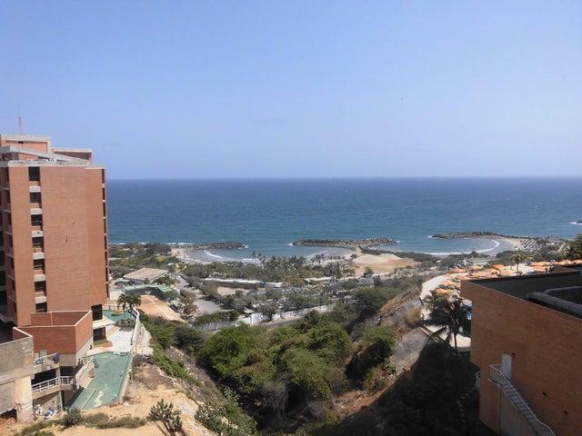 Apartamento Vargas>Catia La Mar>Playa Grande - Venta:5.769.000.000 Bolivares Fuertes - codigo: 16-4577