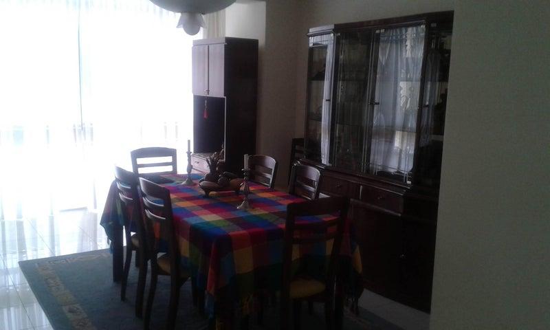 Apartamento Distrito Metropolitano>Caracas>Colinas de La California - Venta:58.652.000.000 Bolivares Fuertes - codigo: 16-4560