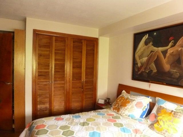 Apartamento Distrito Metropolitano>Caracas>La Urbina - Venta:17.267.000.000 Bolivares Fuertes - codigo: 16-4549