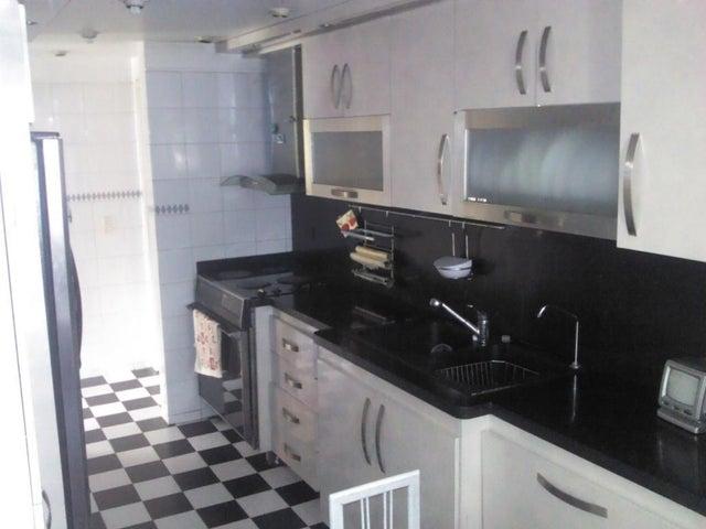 Apartamento Distrito Metropolitano>Caracas>Miranda - Venta:73.287.000.000 Precio Referencial - codigo: 16-4552