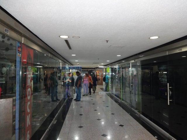 Local Comercial Distrito Metropolitano>Caracas>Sabana Grande - Venta:3.780.000.000 Bolivares - codigo: 16-4573