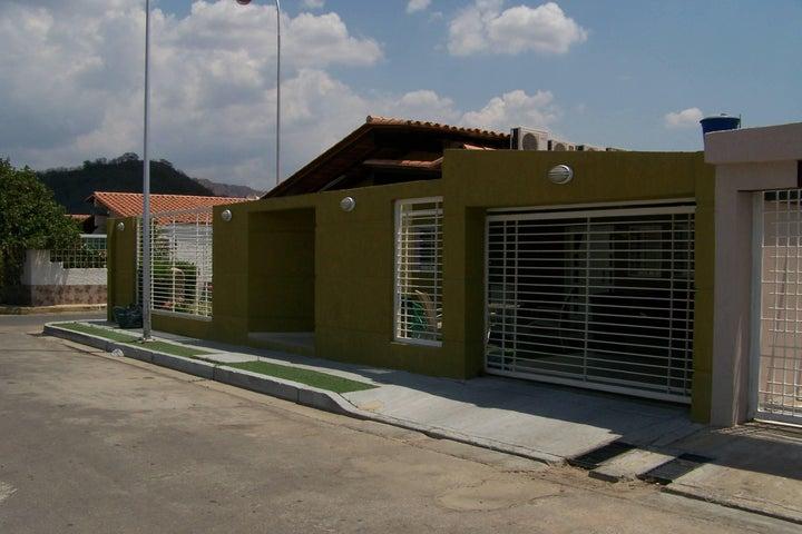 Casa Aragua>Turmero>Parque Residencial Don Juan - Venta:16.450.000.000 Bolivares - codigo: 16-4588