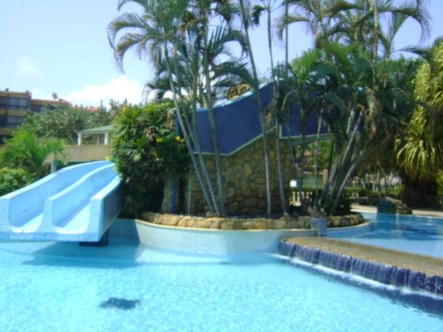 Apartamento Miranda>Higuerote>Higuerote - Venta:9.023.000.000 Bolivares Fuertes - codigo: 16-4595