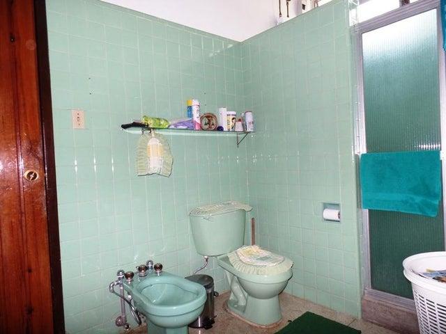 Casa Distrito Metropolitano>Caracas>El Junko - Venta:219.861.000.000 Precio Referencial - codigo: 16-4676