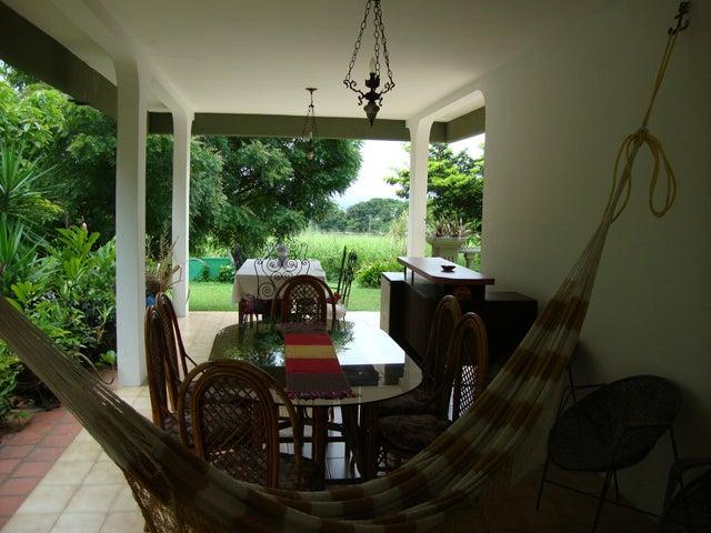Casa Yaracuy>San Felipe>Independencia - Venta:305.363.000.000  - codigo: 16-4606