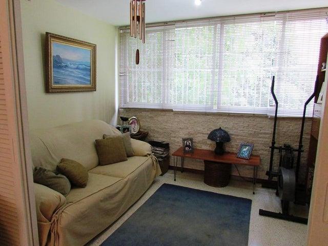Apartamento Distrito Metropolitano>Caracas>Sebucan - Venta:128.352.000.000 Precio Referencial - codigo: 16-4649