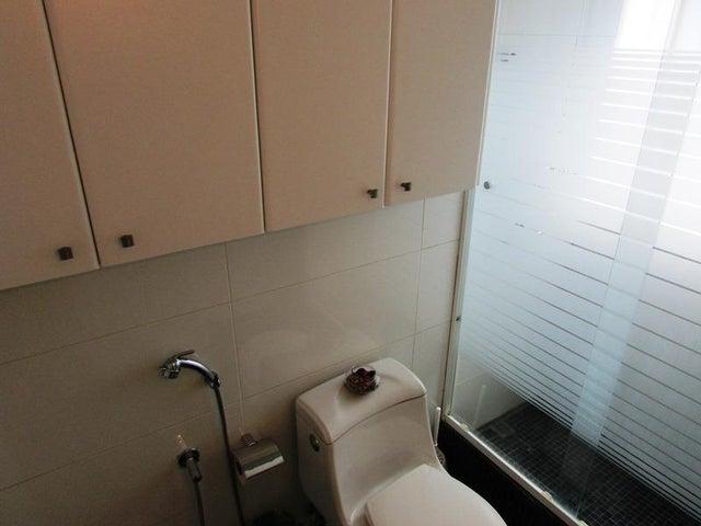 Apartamento Distrito Metropolitano>Caracas>Sebucan - Venta:130.000 Precio Referencial - codigo: 16-4649