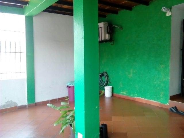 Casa Carabobo>Valencia>Flor Amarillo - Venta:33.000.000 Bolivares - codigo: 16-4659