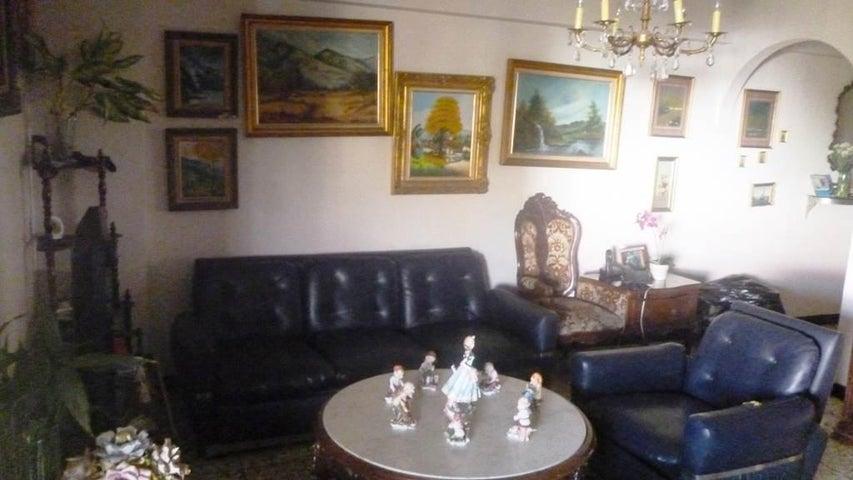 Apartamento Distrito Metropolitano>Caracas>La Paz - Venta:21.882.000.000 Bolivares Fuertes - codigo: 16-4710