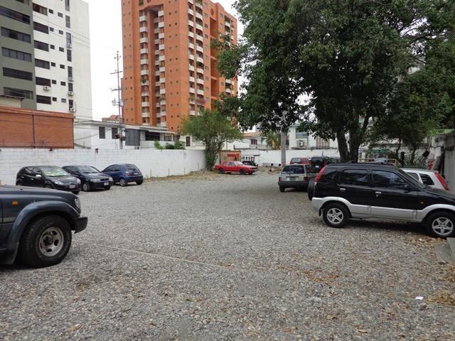Terreno Lara>Barquisimeto>Santa Elena - Venta:1.277.041.000.000 Precio Referencial - codigo: 16-4769
